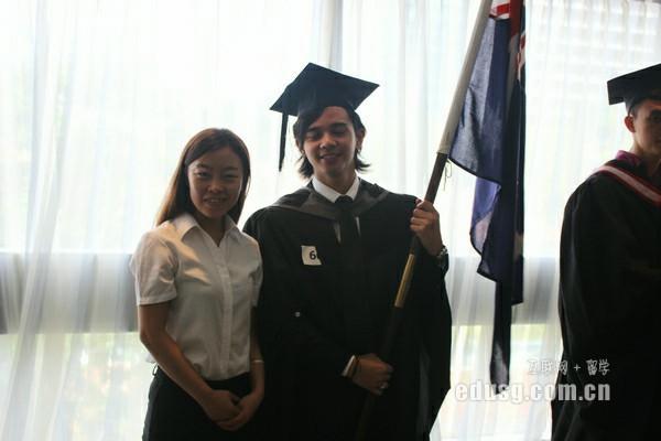 留学新加坡读研究生要多少钱