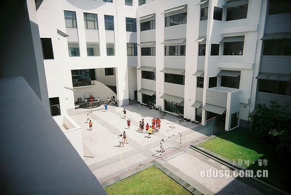 读ACCA去新加坡哪所大学好