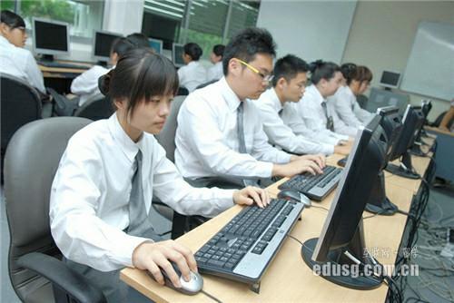 新加坡o水准考试考几科