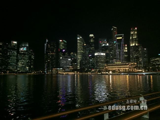 新加坡爱信国际学院怎么申请