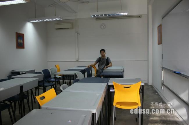 2016年新加坡研究生申请时间