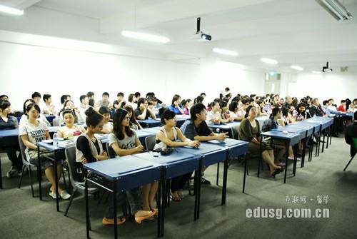 新加坡爱信国际学院O水准预科班