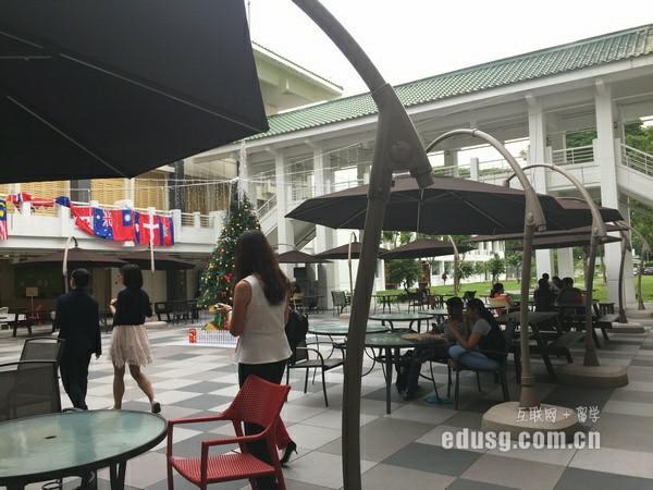 高中二年级去新加坡读高中