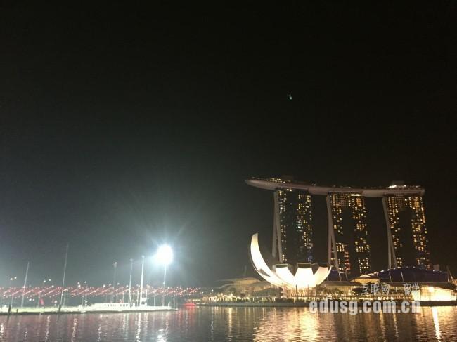 新加坡预科一年多少钱