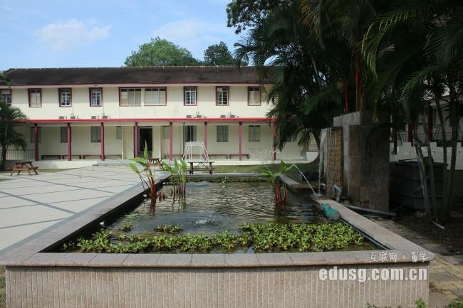 新加坡私立学校