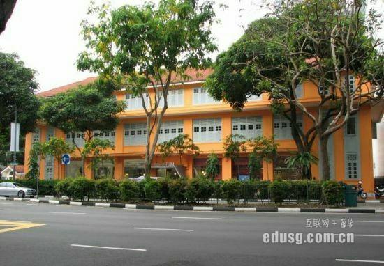 新加坡排名第一的高中