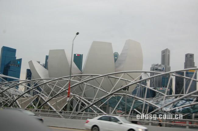 新加坡公立大学申请条件