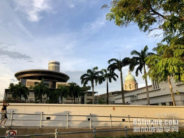 新加坡读硕士费用