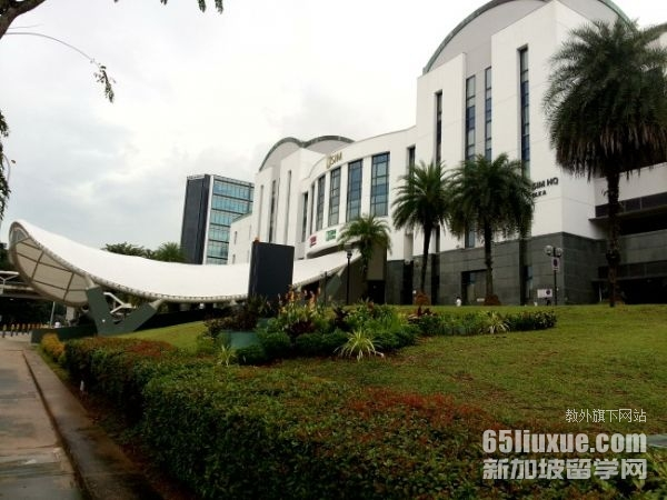 新加坡管理学院入学时间