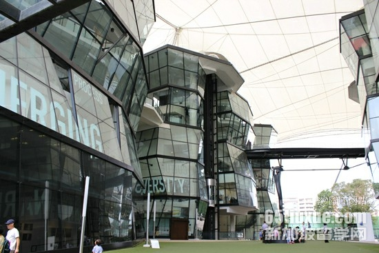 新加坡拉萨尔大学好吗