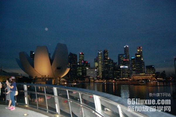 中考失利想去新加坡留学